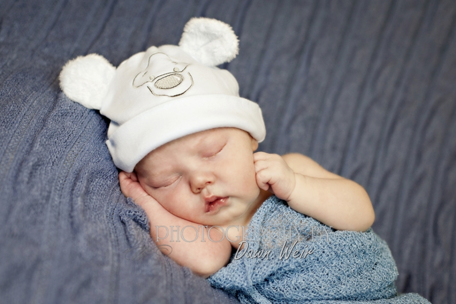 Newborn Photographers in Edmonton