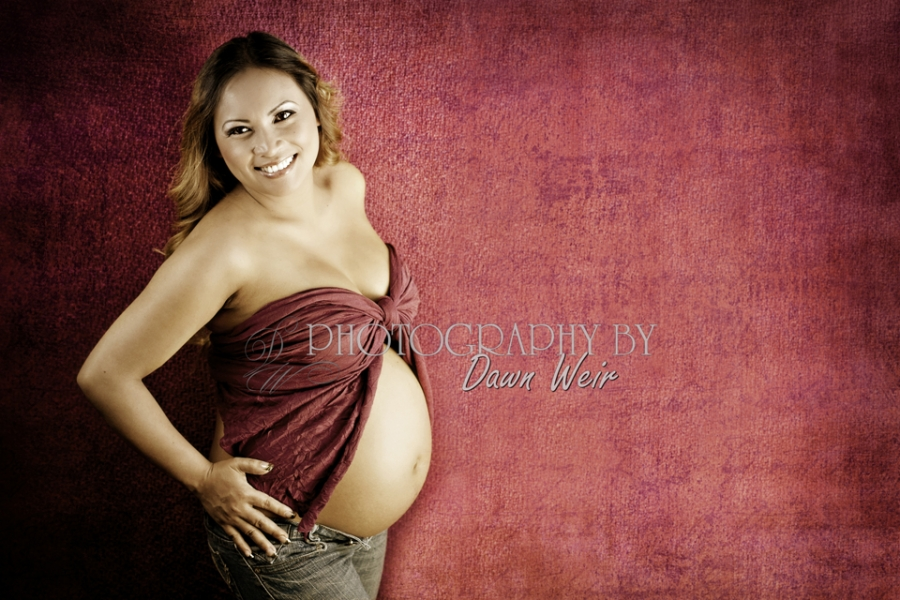 Maternity Edmonton Photographer / Edmonton Pregnancy Photographer