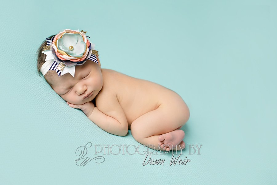 edmonton-baby-photographer newborn girl