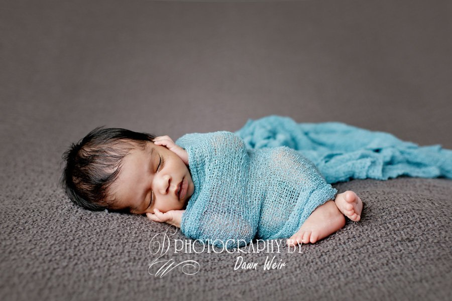 edmonton baby photographer dawn weir