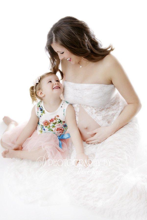 edmonton maternity photographer dawn weir