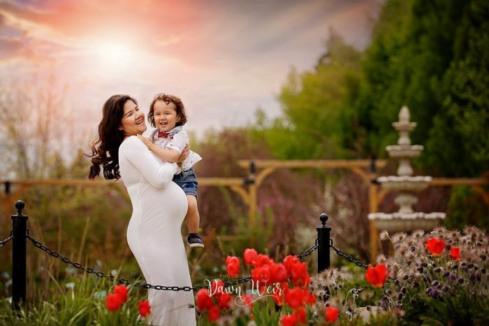 St. Albert Maternity Photographer Botanic Gardens with little boy and red tulips