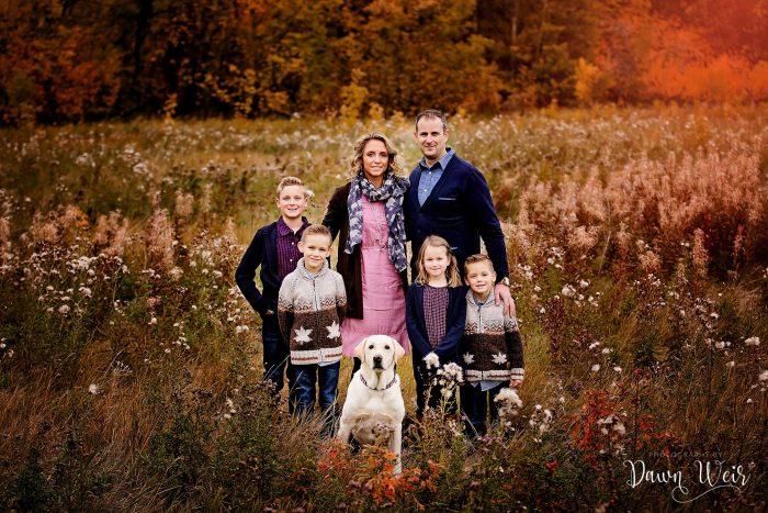 st-albert-family-photography-session-dawn-weir-family-st-albert-grandin-pond