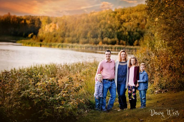st-albert-family-photography-session-dawn-weir_family-stony-plain-chickakoo-lake