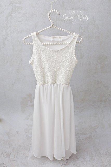edmonton child photographer white chiffon lace dress girls