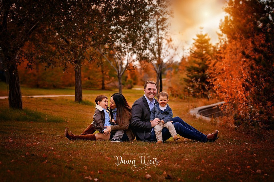dawn weir fall family photography griesbach edmonton